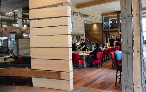 Pacini Restaurant - Dining