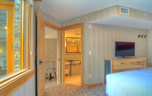 Superior One Bedroom Suite
