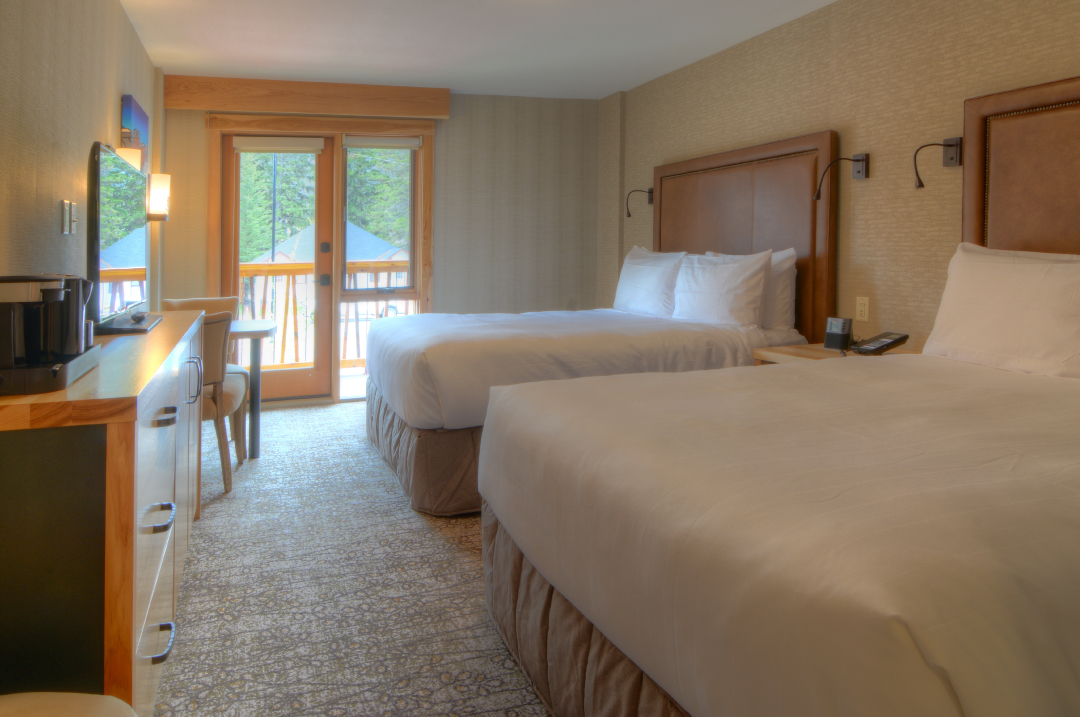 Rooms & Suites - Superior Hotel Room