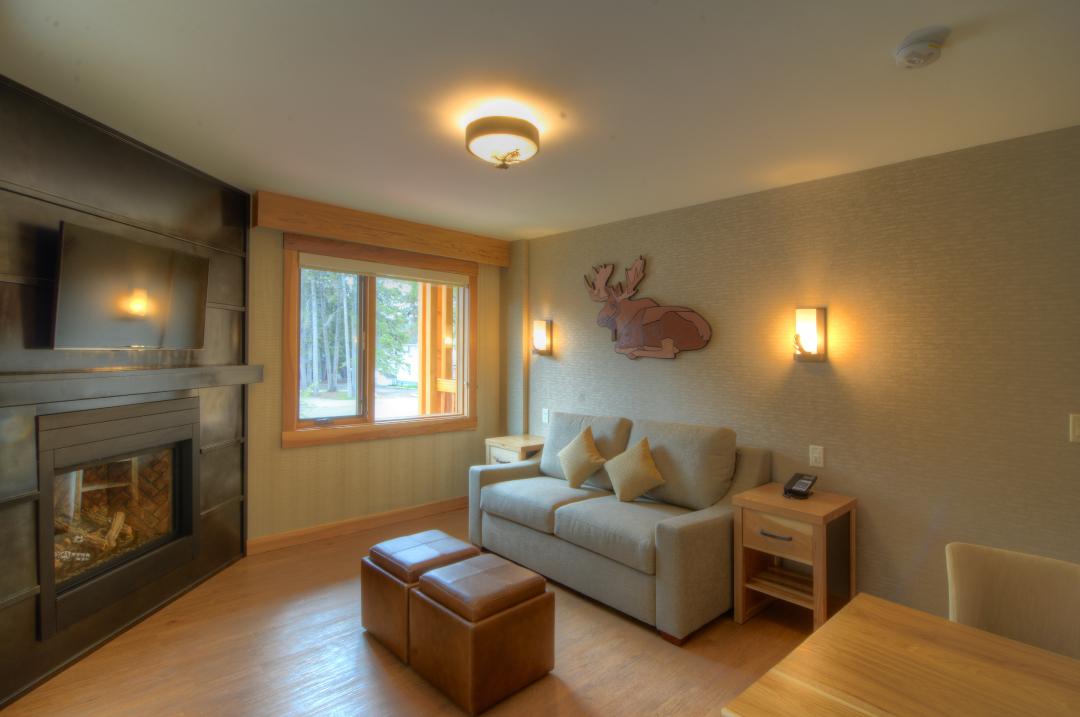Superior One Bedroom Suite - Rooms & Suites