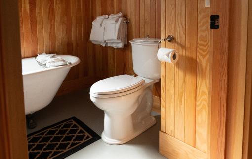Corner House - Bathroom